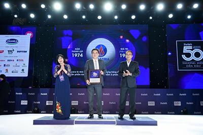 """Tổng Công Ty Viglacera – CTCP Nhận Vinh Danh Của Forbes """"Top 50 Thương Hiệu Việt Nam Dẫn đầu Năm 2020"""""""